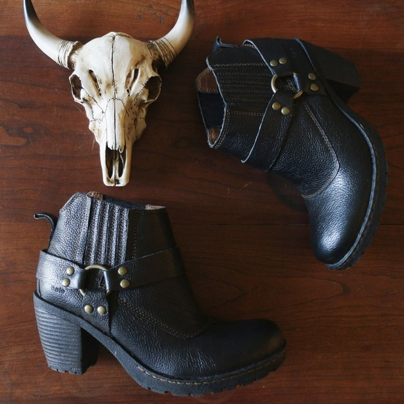 6 Black Born Pebbled Leather Ankle Boots